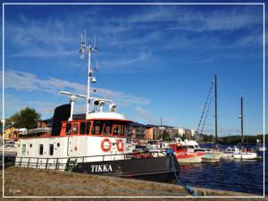 Tikkalaivan kapteeni tilasi Santulta matot Tikka-laivaan.
